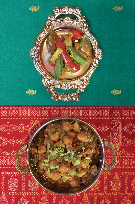 ひよこ豆のカレー、野菜のサブジ(蒸し煮)