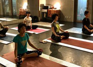 烏丸御池 スタジオサンゴッホ 瞑想